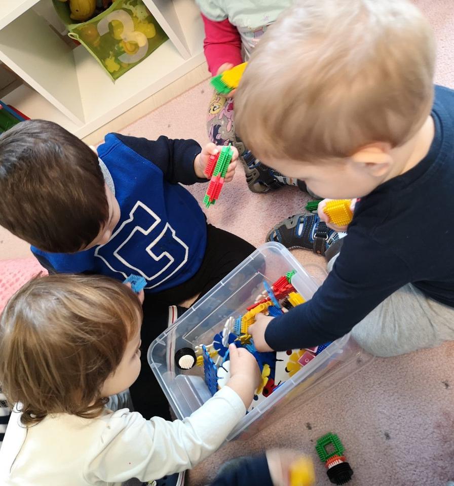 Építőjáték a családi bölcsiben