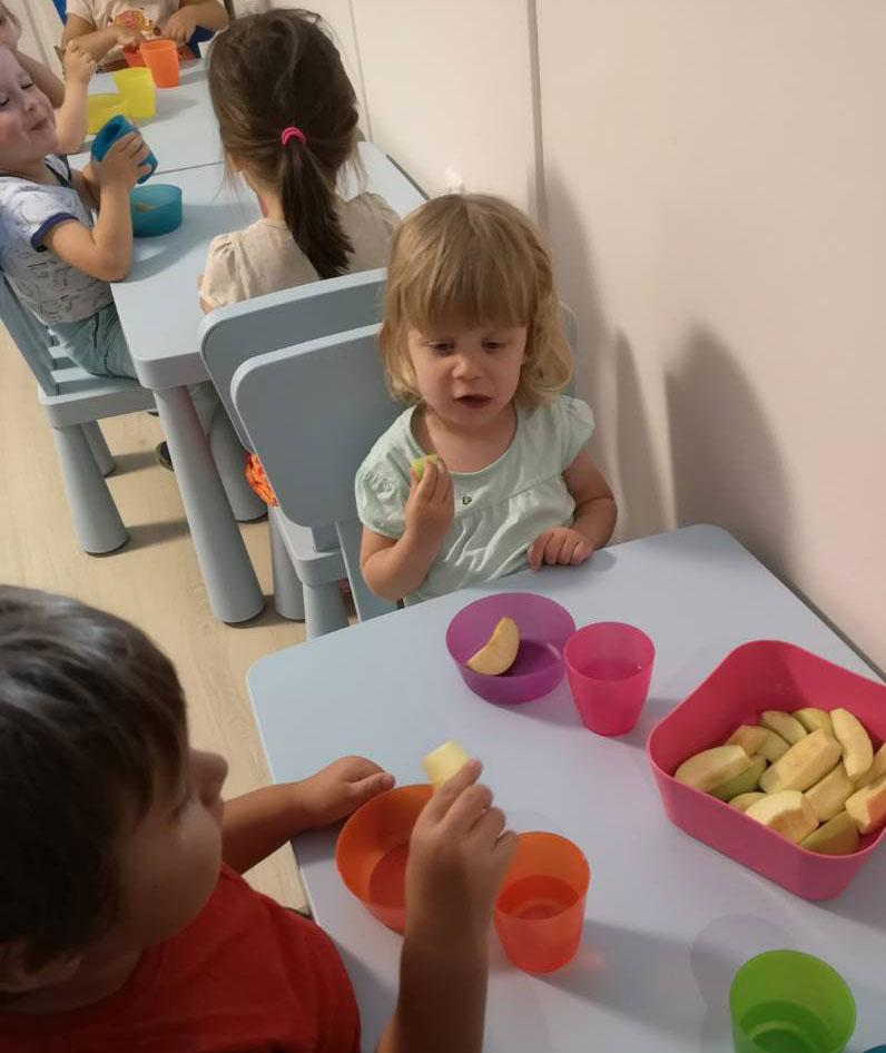 Étkezés a családi bölcsiben